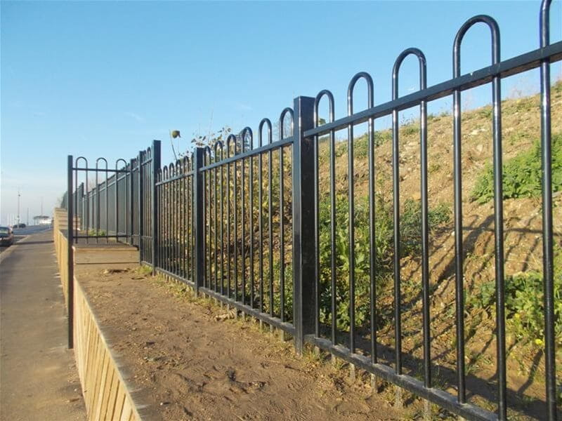 Coastal application fencing