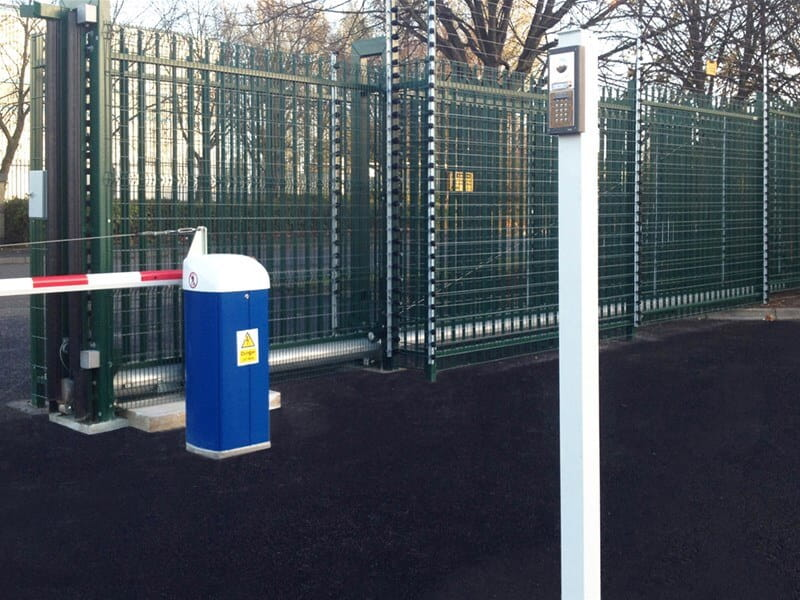 Barbican gate and auto barrier with intercom