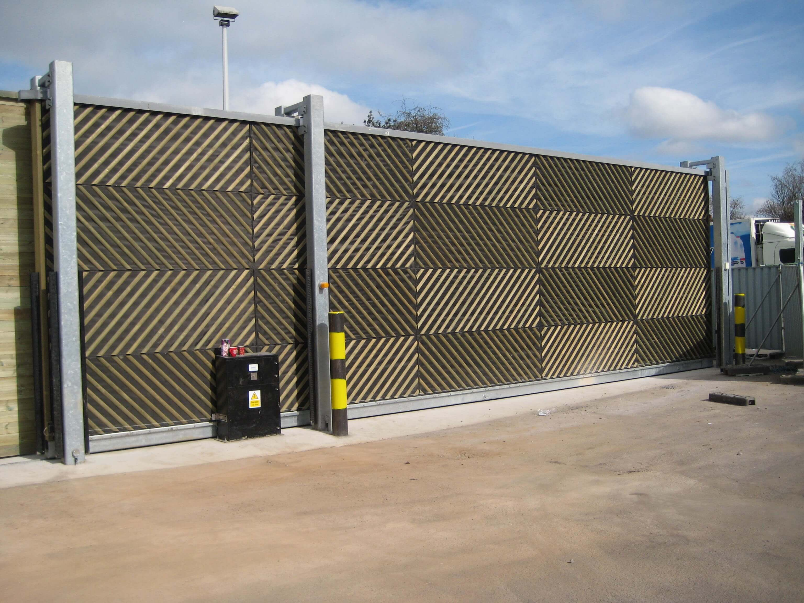 Bespoke acoustic fencing