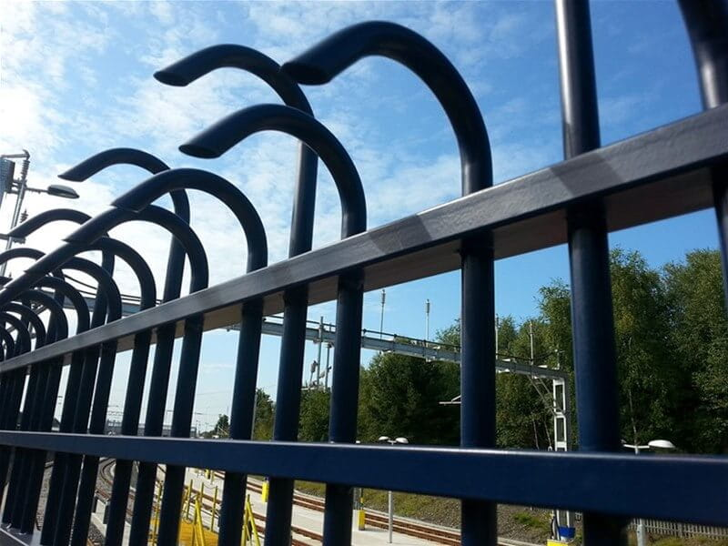 Jacksons-tri-guard-fence-Swansea-fencing