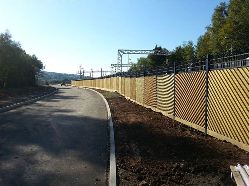 Jacksons-tri guard-fence-Swansea-fencing