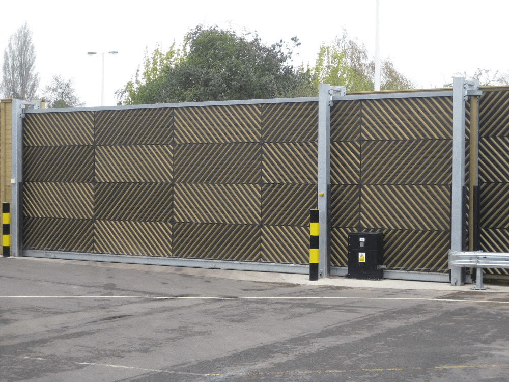 Sliding Acoustic Gate