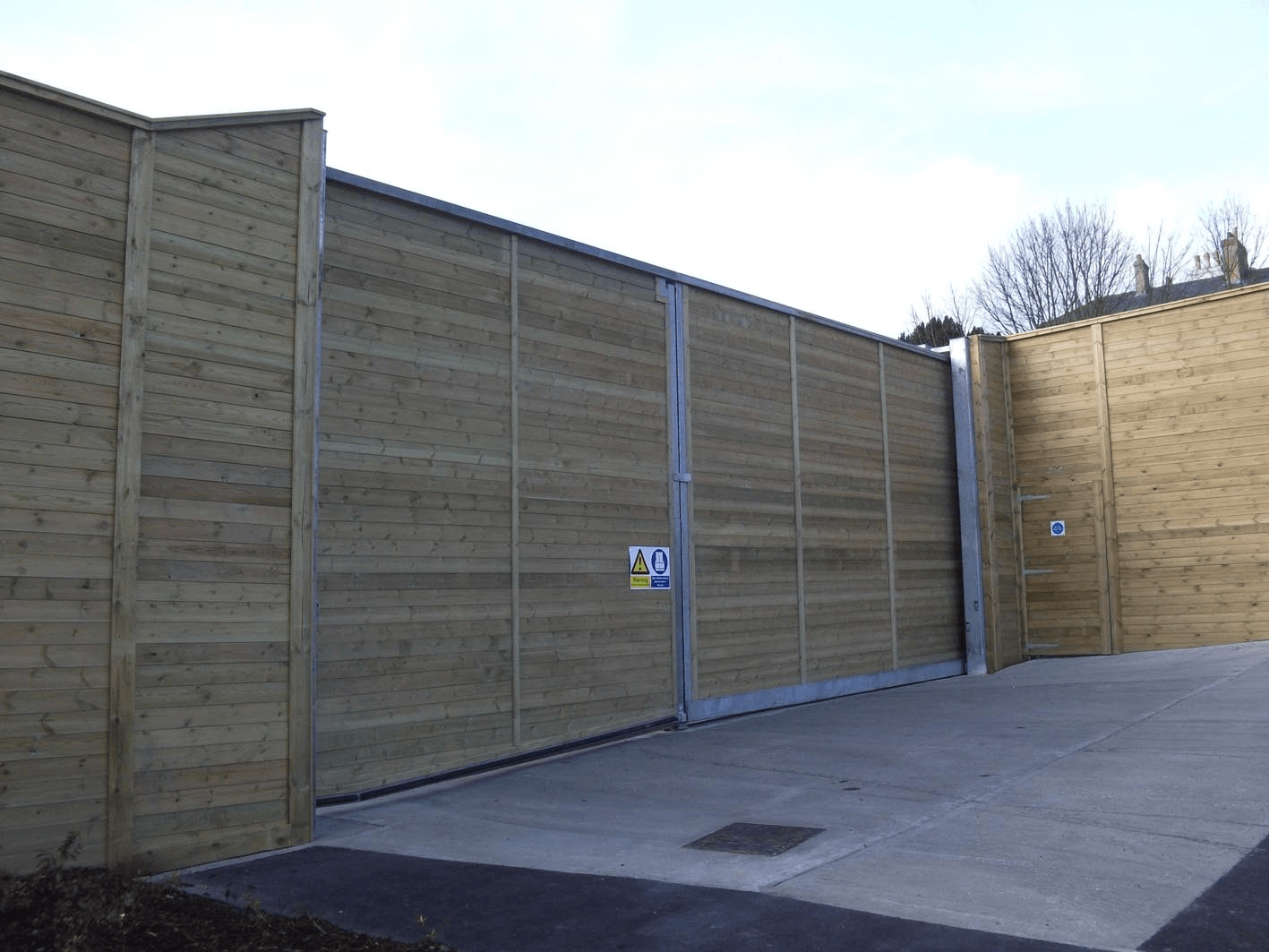 Timber Acoustic Double Leaf Gate