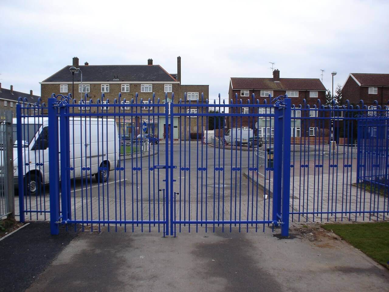 TriGuard Swing Gate