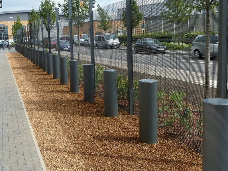 Harrier PAS 68 static bollards