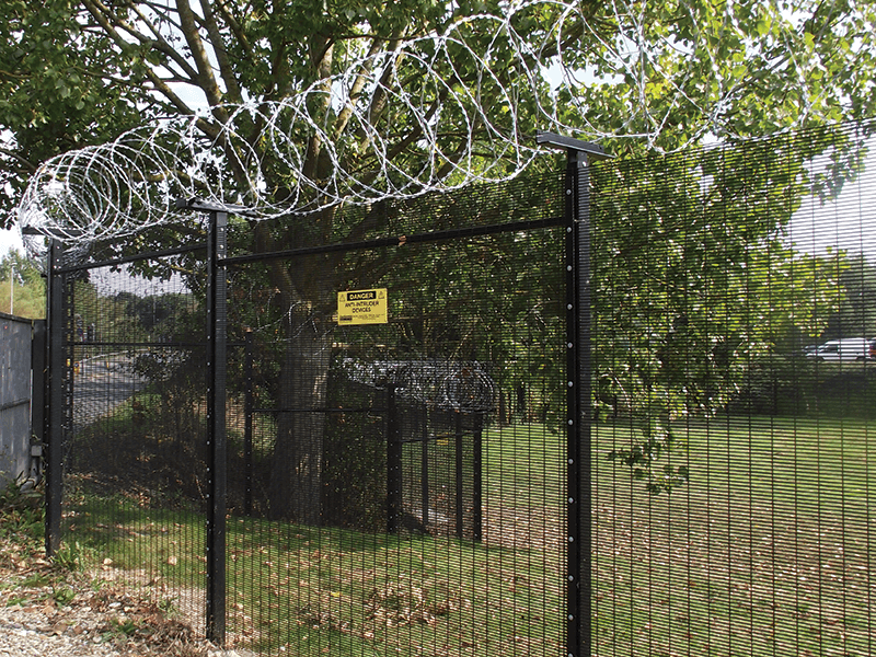 High-Security-Fencing-with-Concertina-Barbed-Wire-Topping