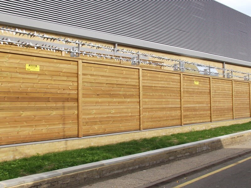 SR3 Timber Fence Jakoustic Class 3 with Rota Spike security topping