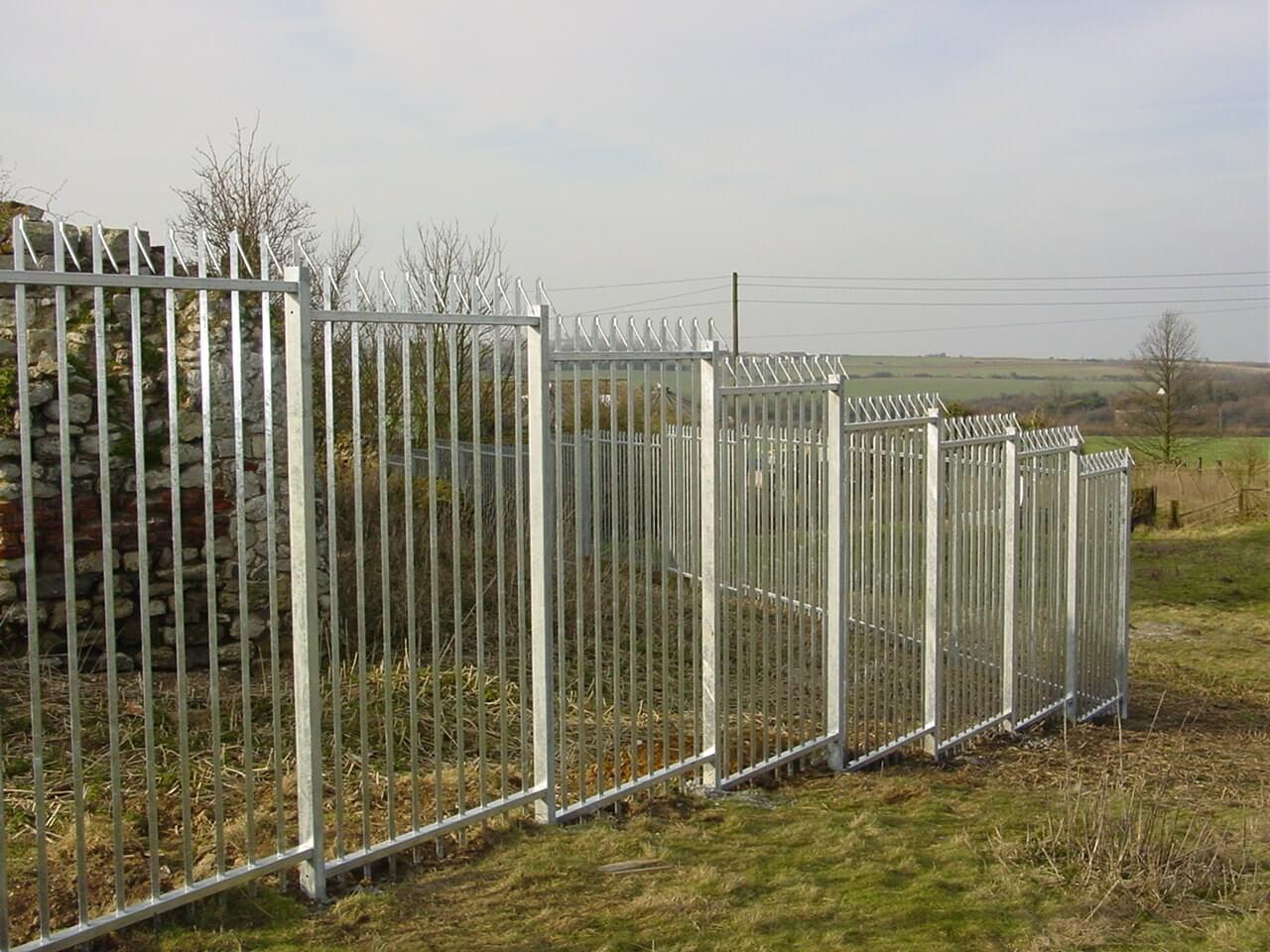 Galvanised Stepped Barbican Barbed Top Fencing With Galvanised Finish