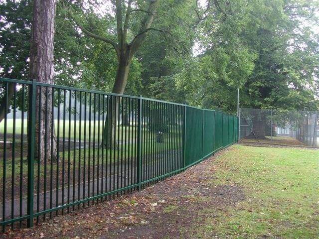 Sentry fencing powder coated green