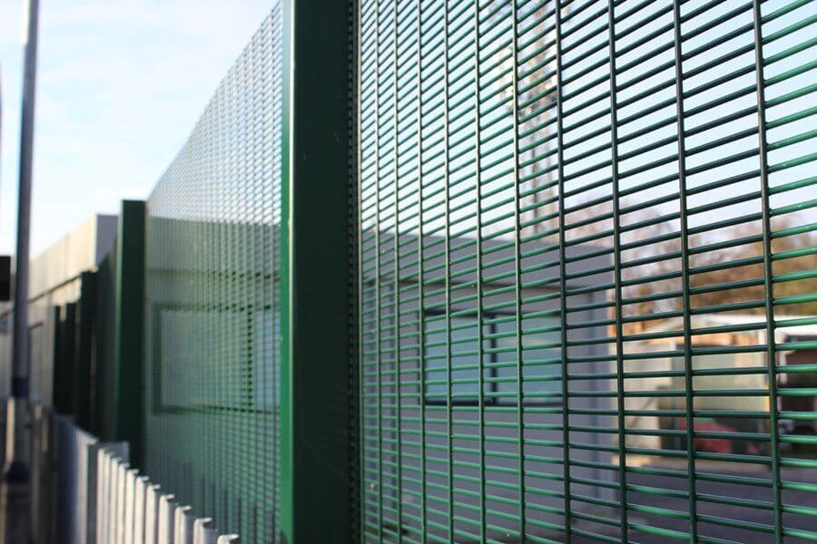 358 Securi Mesh Fence Green